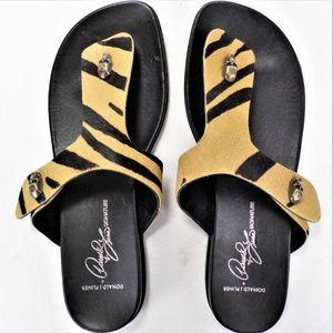 Donald Pliner GAIOS Signature Sandal Sz 7M